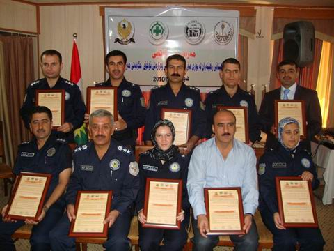 Photo of مركز عمان يشارك في تخريج مدربين جدد في حقوق الإنسان