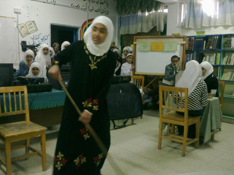 احتفالات الاعلان العالمي لحقوق الانسان مدرسة اناث البقعة الثانوية الرابعة