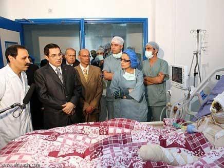 وتوفي بعد أسبوعين، عقب أن زاره الرئيس المخلوع بن علي في المستشفى