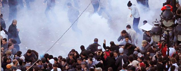 Photo of تونس: ينبغي إلغاء الترخيص بإطلاق النار على المحتجين