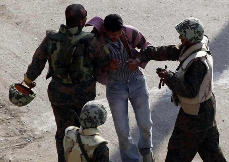 مصر: يجب التحقيق في أعمال اعتقال النشطاء والصحفيين