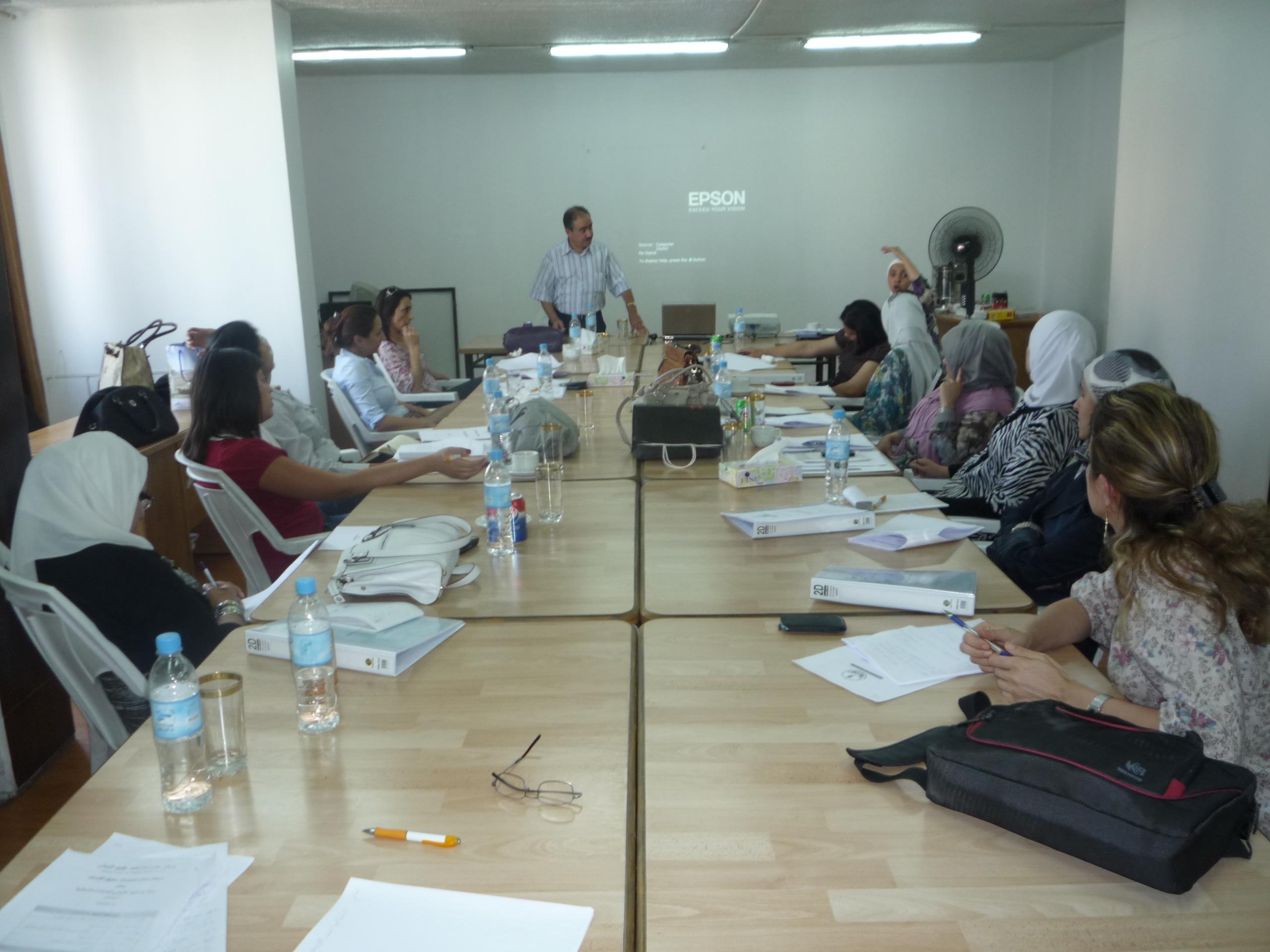 Photo of مركز عمان لدراسات حقوق الإنسان ينظم الدورة الأولى  للدفعة الثانية من برنامج المعهد الأردني للقيادات النسائية