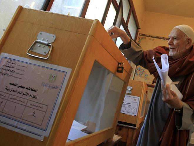المشاركة الواسعة تنجح اليوم الاول من المرحلة الأولى للانتخابات في مصر