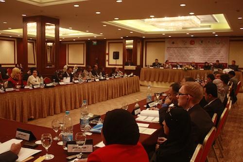 """إعلان الحريات والكرامة الإنسانية الصادر عن مؤتمر """"حالة حقوق الإنسان في ظل الربيع العربي"""""""