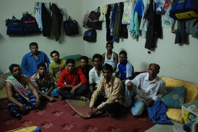 Photo of البحرين – انتهاك حقوق العمال المهاجرين رغم الإصلاحات