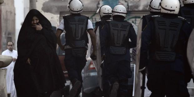 Photo of البحرين: نكث وعود الإصلاح وتشديد القمع