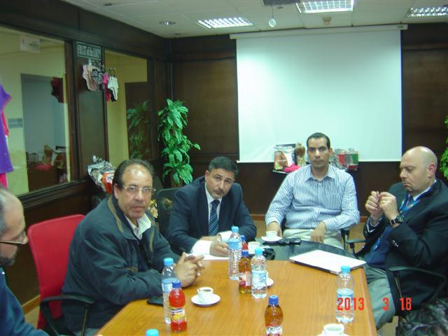 Photo of مركز عمان لحقوق الإنسان يتفقد وضع العمال في التجمعات الصناعية