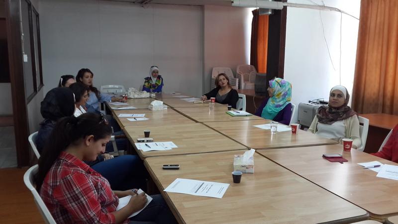 صورة اختتام الدورة الثامنة للمشاركات للمشاركات  في الدفعة الرابعة  في برنامج  المعهد الأردني للقيادات النسائية
