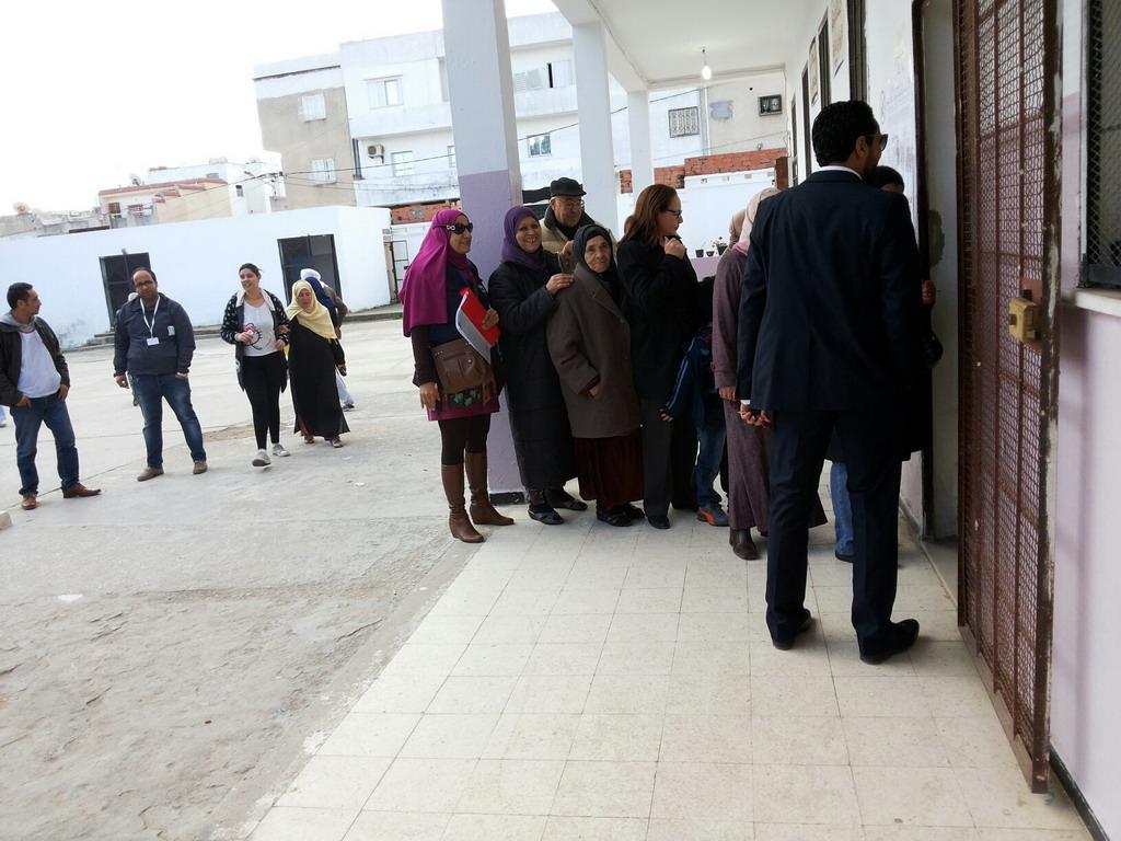 صورة انتخابات شفافة ونزيهة ومشاركة شعبية جيدة  مع عزوف شبابي ونبرة دعائية أكثر من اللزوم