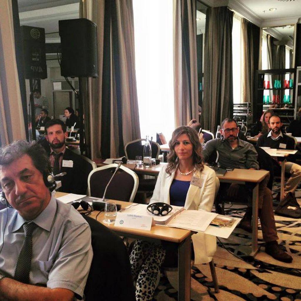 Photo of عضوة المجلس العلمي للمركز الدكتور  لبنى بايوق تشارك في اجتماع بروكسل