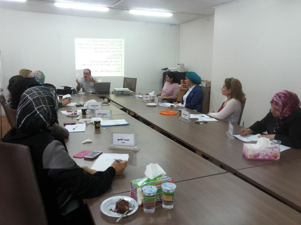 Photo of اختتام الدورة السادسة للمشاركات  في الدفعة الخامسة في برنامج  المعهد الأردني للقيادات النسائية